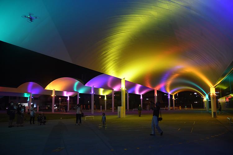 大屋根広場のライトアップ