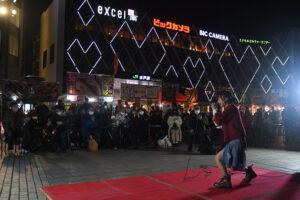 水戸アジアンフードフェス開幕 水戸駅南口デッキで、15日まで