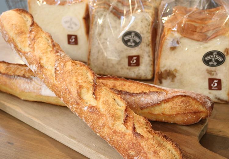 F食パン、紅茶の食パンなど